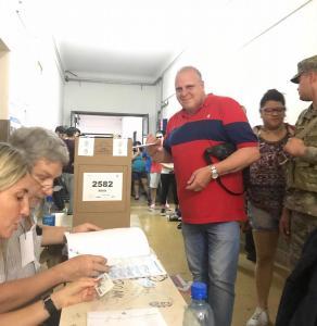 Marcelo Puella vota el 27-10-2019