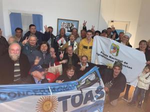 Marcelo Puella junto a compañeros y compañeras en Mar del Plata (junio 2019)