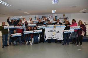 Marcelo Puella con compañeros del FRENAP (Mar del Plata)